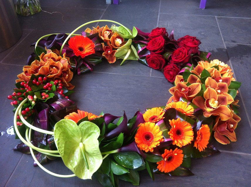 Large modern colourful wreath